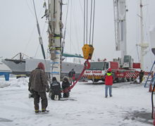 Huckleberry gets full mast service in the snow